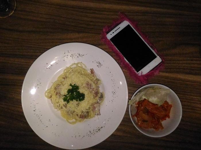 Carbonara dan Kimchi ala Warunk Twogether